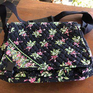 Vera Bradley Retire Rare New Hope Messenger Bag